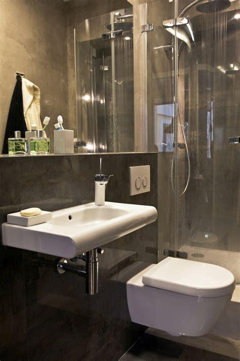 small bachelor apartment    practical design