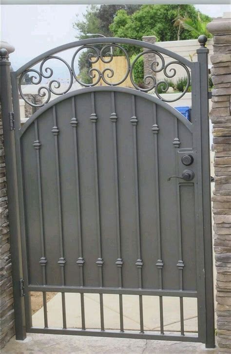 front gate ideas 34 best images about front court yards on pinterest front courtyard iron gates and front yards