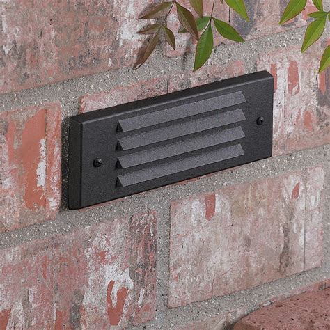 4246 vista louver brick light