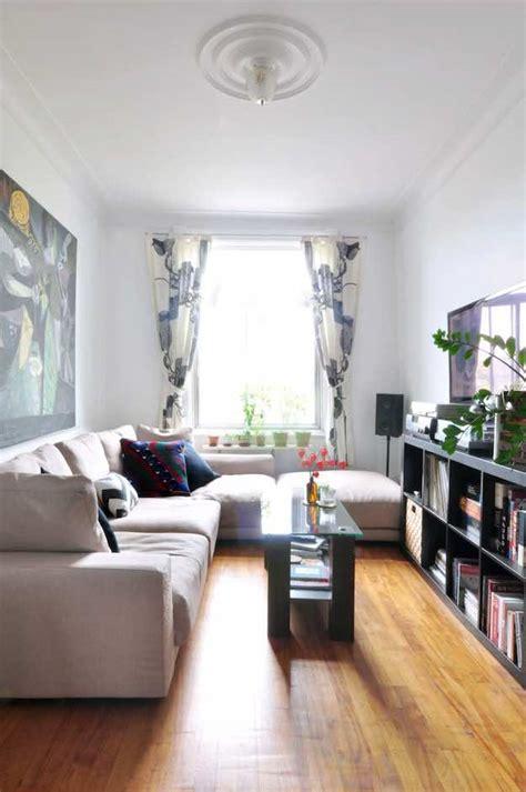living room design narrow hawk