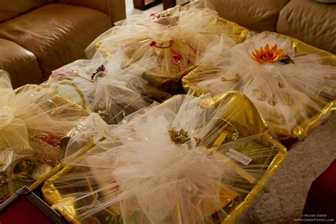 Wedding-gifts-for-indian-bride-from-groom.jpg 1 440×960