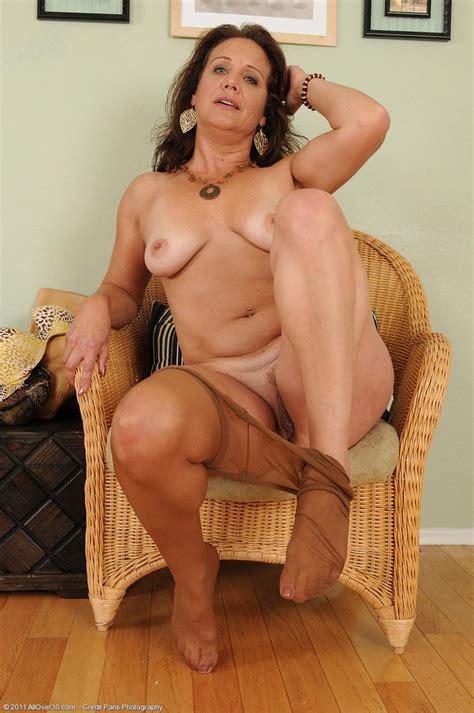 xhamster mature pantyhose