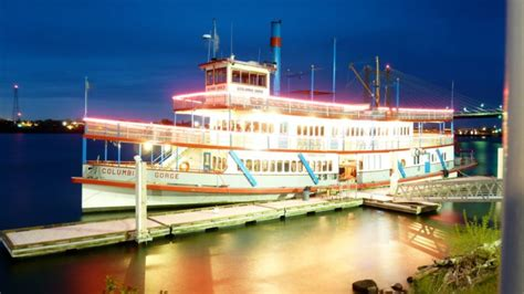Dinner On A Boat Portland Oregon by The Wonderful Portland Spirit River Boat Cruise In Oregon