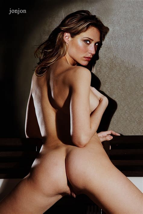 Claire Forlani Nude Shows Her Ass Fake