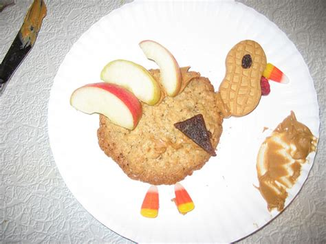preschool crafts for thanksgiving tukey snack food craft