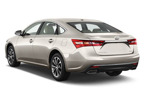 Image 2018 Toyota Avalon 4 Door Sedan Xle Natl Angular
