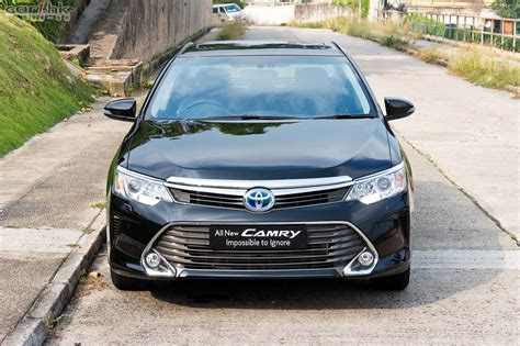 2014 Toyota Camry Review by Toyota Camry 2014 Review 02 香港第一車網 Car1 Hk