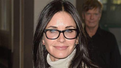 perfekte make up farbe finden tipps f 252 r das perfekte make up mit brille