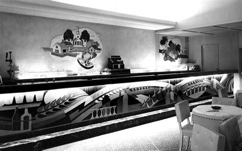 hotel mcalpin cocktail lounge bar front  wall panels  bar international hildreth