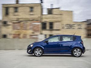 Safest Cheapest Car by 10 Best Cars For Teenagers Autobytel