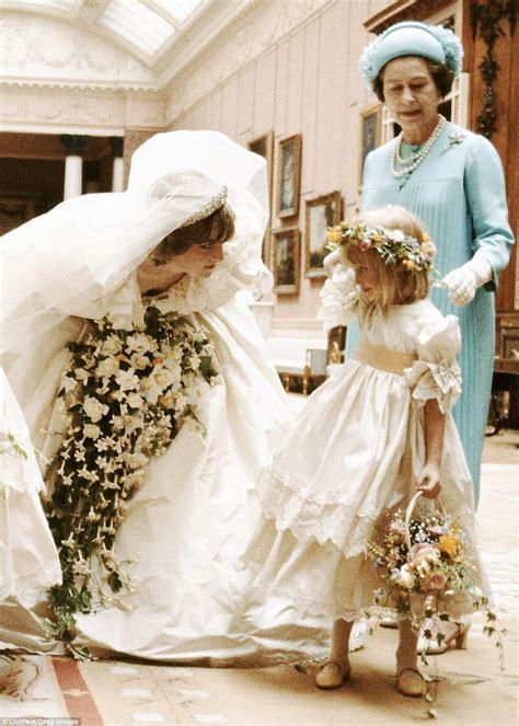 princess dianas wedding dress  elizabeth emanuel