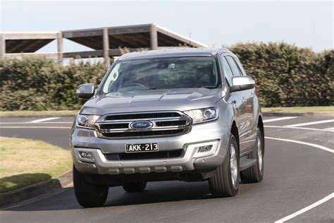 ford everest  drive review cars  review