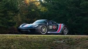 Porsche 918 Spyder Weissach Package Martini Racing 4K 2