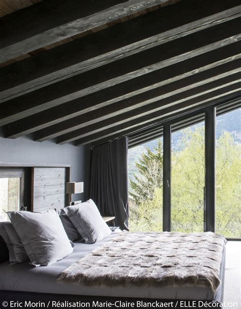chambre avec vue rivaz chalet contemporain avec matériaux naturels à courchevel