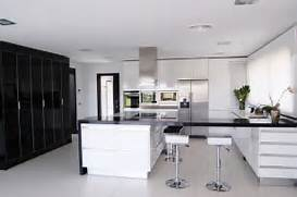 Modern Black House Bright Accents Architecture House Modern White Kitchen Black Decor