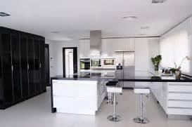 Modern Black House Bright Accents Architecture House Modern White Kitchen Black Decor