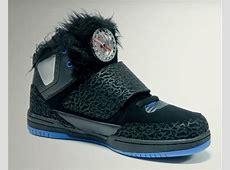Jimmy Kimmel Fake YEEZY 2000 Sneaker Bar Detroit