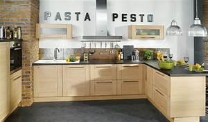 Conforama cuisine bois blanchi ardoise noire et briques for Idee deco cuisine avec cuisine bois et noir