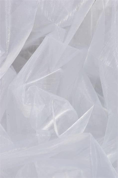 organza white    yds