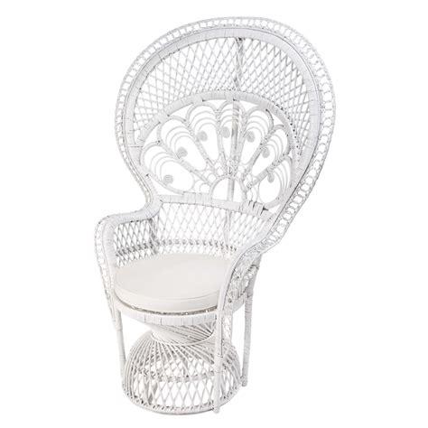 fauteuil emmanuelle pas cher fauteuil en rotin blanc philippine maisons du monde