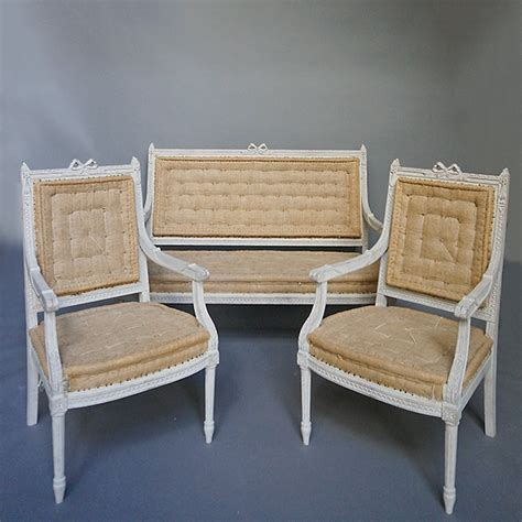 Gustavian Settee by Settee In The Gustavian Style