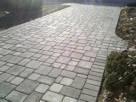 pictures of driveways with pavers paver driveway4