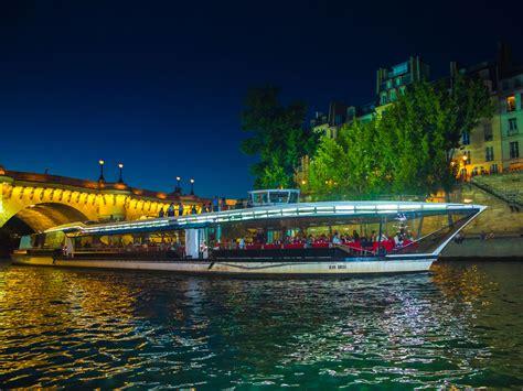 Bateau Mouche Et Bus Paris by Bateau Mouche Diner Croisiere