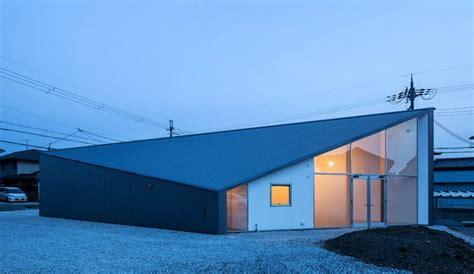 Home Design Diamonds : Art House Building Design