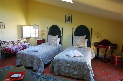 chambres d hotes uzes jfc 2463 hostellerie provençale restaurant la