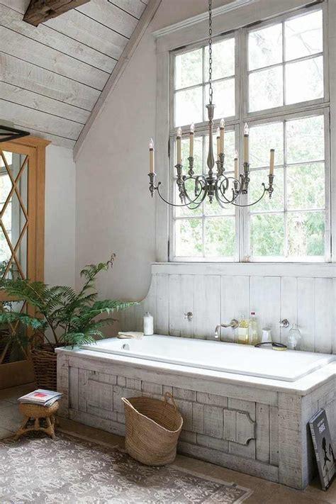 salle de bain de luxe en style shabby chic  exemples