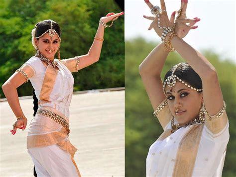 International Dance Day 2018 Taapsee Pannu Richa Chadha