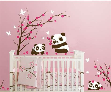 stickers chambre de bebe stickers pour la chambre de bébé arbre archzine fr