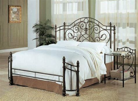 Coaster Queen Size Antique Gold Finish Metal Bed Headboard