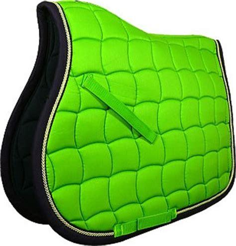 tapis cheval vert pomme tous vos equipements verts