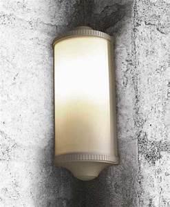 Luminaire D Angle : luminaire exterieur d 39 angle ~ Melissatoandfro.com Idées de Décoration