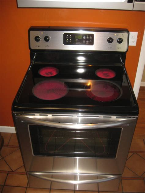 electric stove stoves power cookware outage appliances range oven medium burners during don cooking stovetop pan turned
