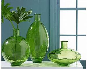 Vases Design Ideas: Green Glass Vases Express Your Decor