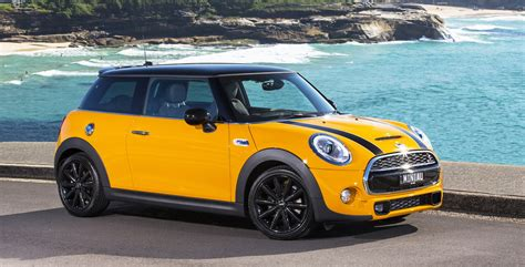 mini cooper pricing  specifications