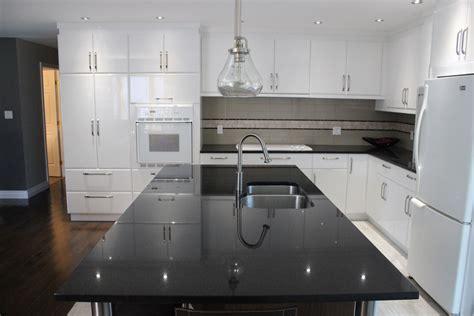 modele de lustre pour cuisine armoires de cuisine en polymère blanc lustré cuisines despro