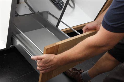 comment poser une cuisine installer une cuisine bien choisir sa cuisine