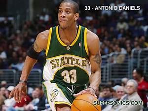 Seattle Sonics - NO.33 Antonio Daniels Pictures 9 ...