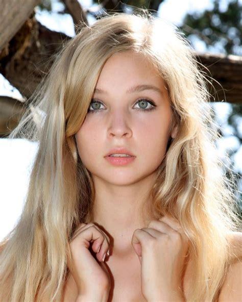 Preserve Nordic Beauty Blonde Hair Girl Blonde