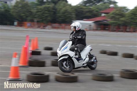 Gambar Motor Honda Pcx Electric by Impresi Dan Sensasi Melaju Dengan Motor Bisu Honda Pcx