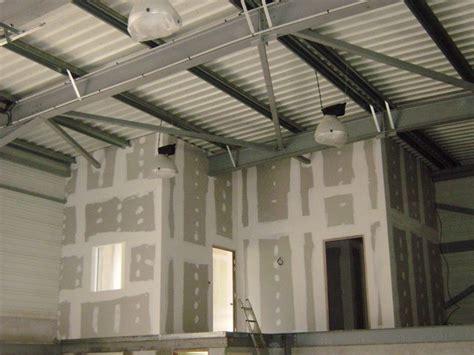 cloison et faux plafond cloison doublage et faux plafond d un hangar a g 233 menos 13 sec construction