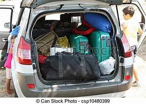 Voiture De Pret : banque de photographies de famille bagage voiture d part charge pr t famille ~ Medecine-chirurgie-esthetiques.com Avis de Voitures