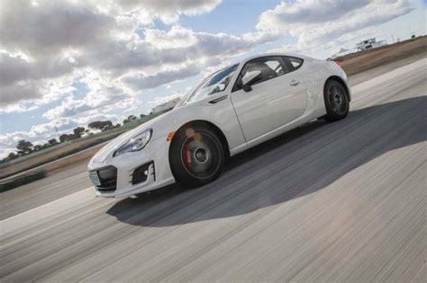 2017 Vs 2016 Brz by 2017 Subaru Brz Vs 2017 Toyota 86 Compare Cars