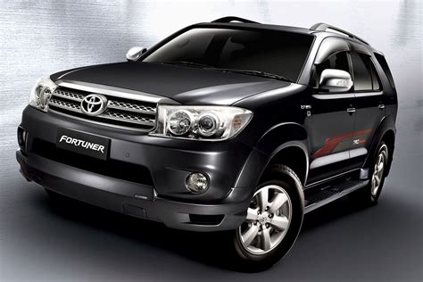 2015 toyota fortuner g trd umw toyota facelifts the hilux innova and fortuner