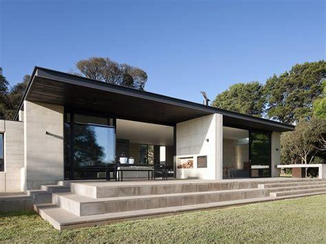 modern bathroom looks minimalist home design with flat roof 4 home ideas