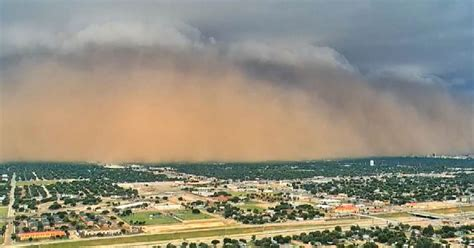 intense dust storm called  haboob sweeps