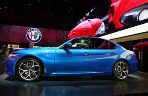 Alfa Romeo Giula : alfa romeo s new 276hp giulia veloce looks like the pick of the range w video carscoops ~ Medecine-chirurgie-esthetiques.com Avis de Voitures